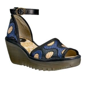 Fly London Catermult Patterned Wedge Sandal